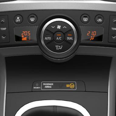 Klimaautomatik, Temperatur für Fahrer und Beifahrer separat regelbar